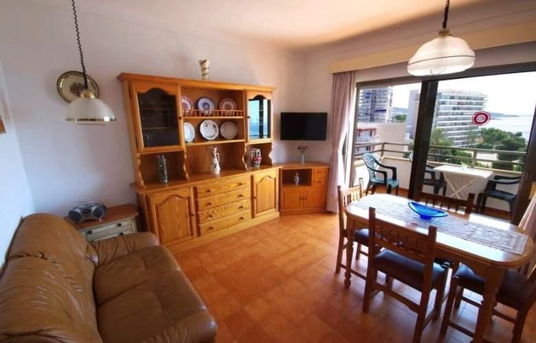 Marina Apartamentos - Room - 10