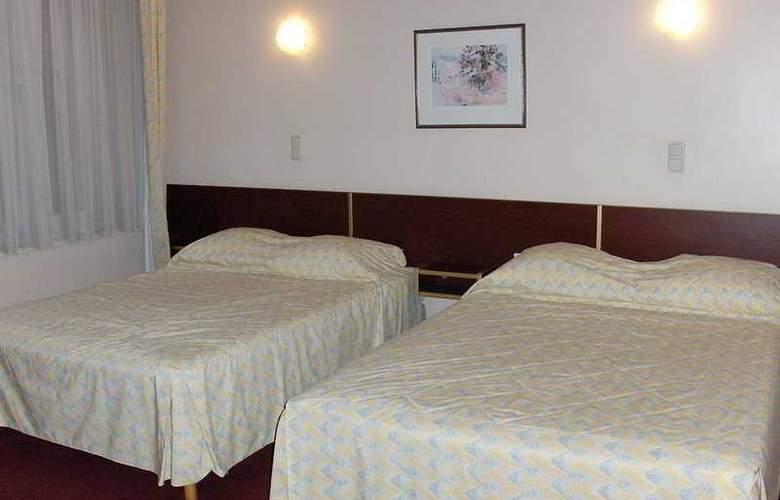 Queen Mary - Room - 3