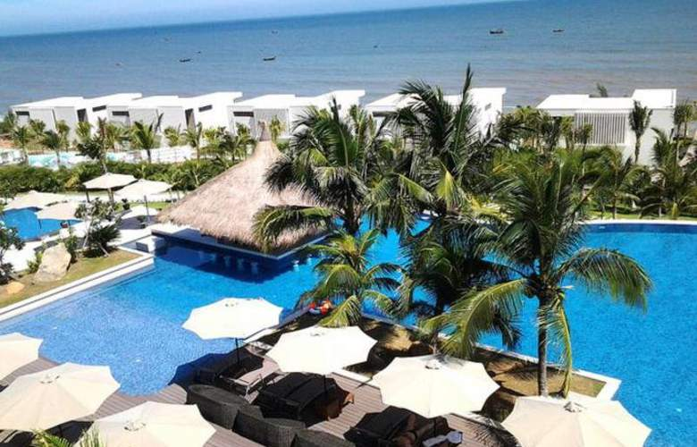 The Cliff Resort & Residences - Pool - 14
