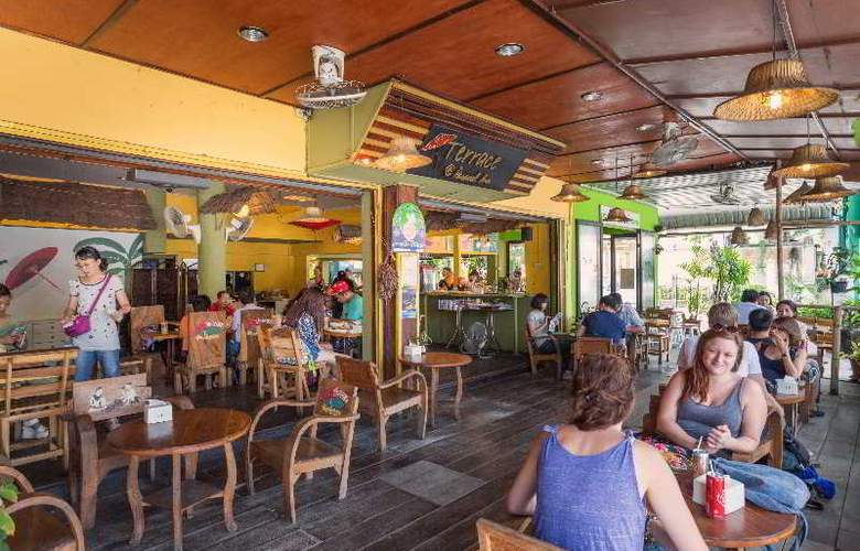 Parasol Inn - Restaurant - 33