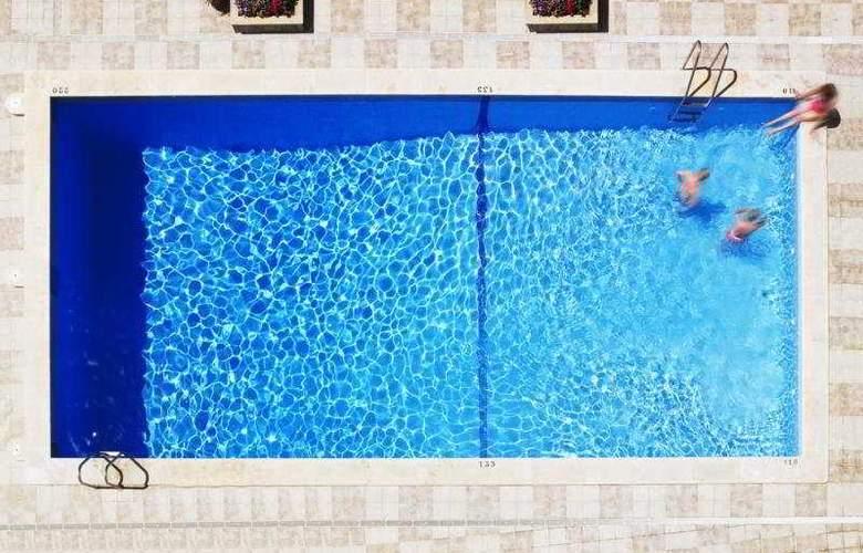 Mediterranean Bay - Pool - 27
