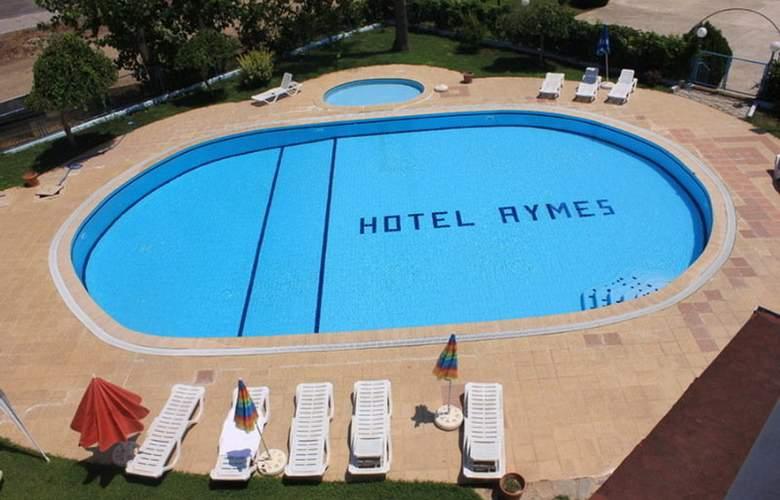Aymes Hotel - Pool - 9