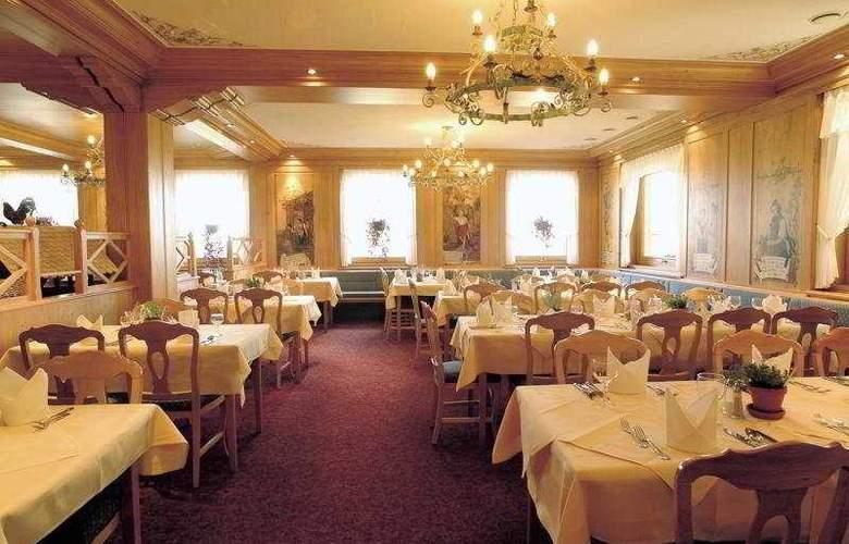 Familotel Feldberger Hof - Restaurant - 6