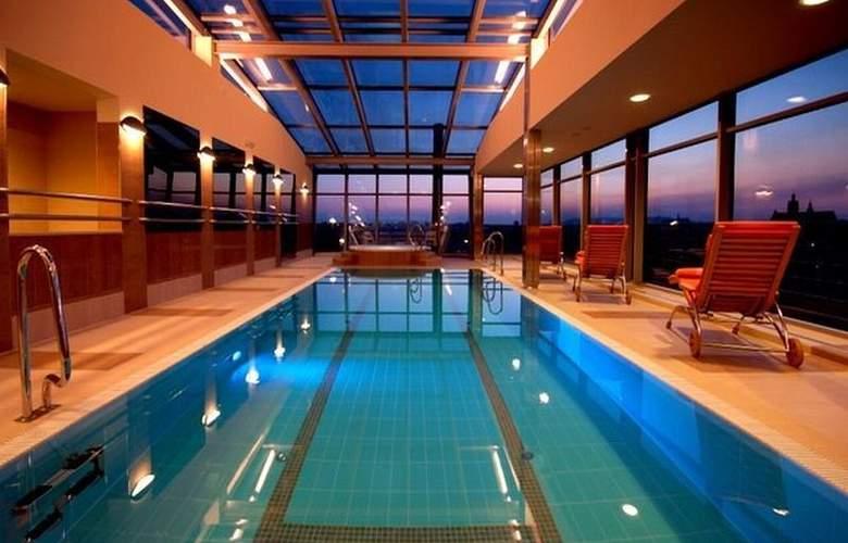 Qubus Hotel Krakow - Pool - 15