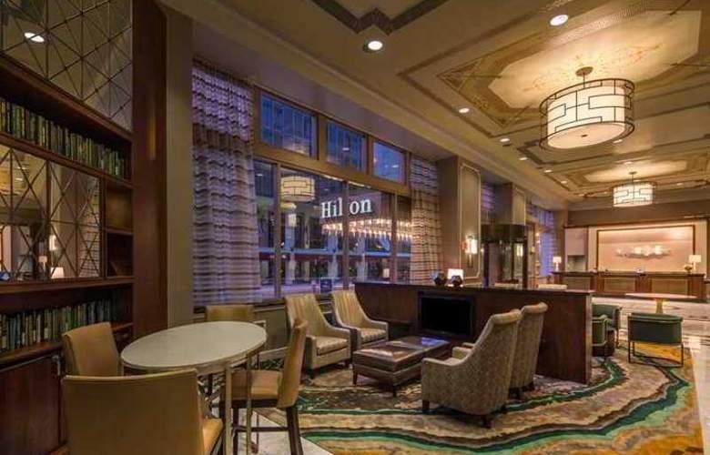 Hilton St. Louis Downtown - Hotel - 0