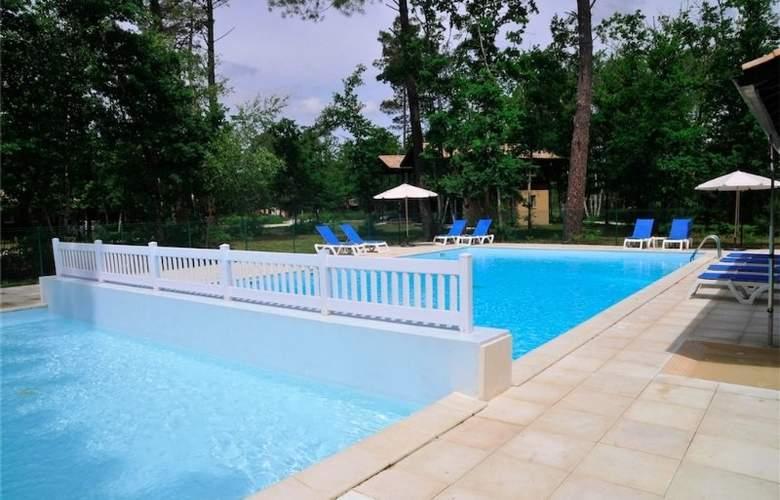Appart Vacances Lacanau - Pool - 2