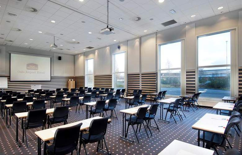 Park Inn by Radisson Oslo Airport Hotel West - Conference - 64