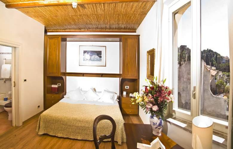 Villa Paradiso - Room - 7