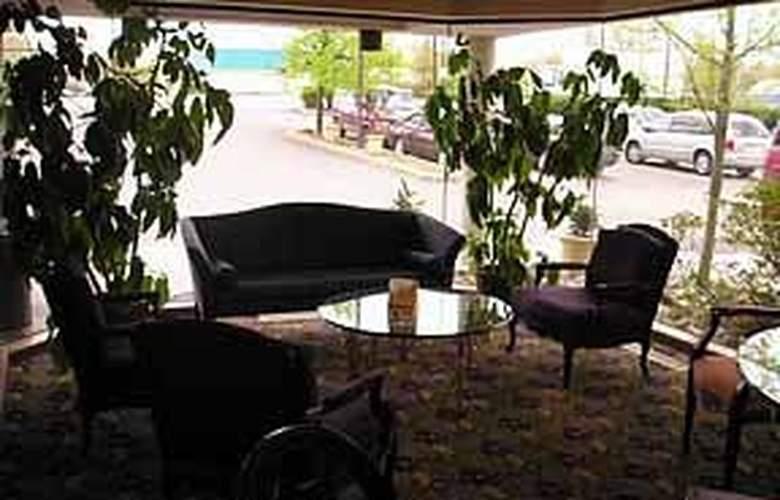 Comfort Inn Airport - General - 4