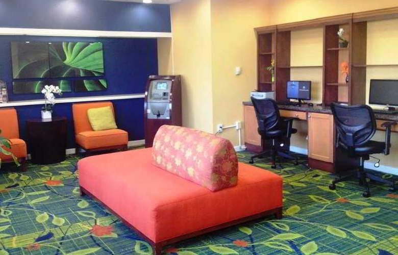 Red Roof Inn & Suites Atlantic City - General - 0