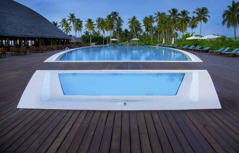 Herathera Island Resort - Pool - 12