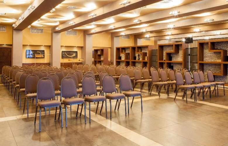 Palau de Bellavista by URH - Conference - 21