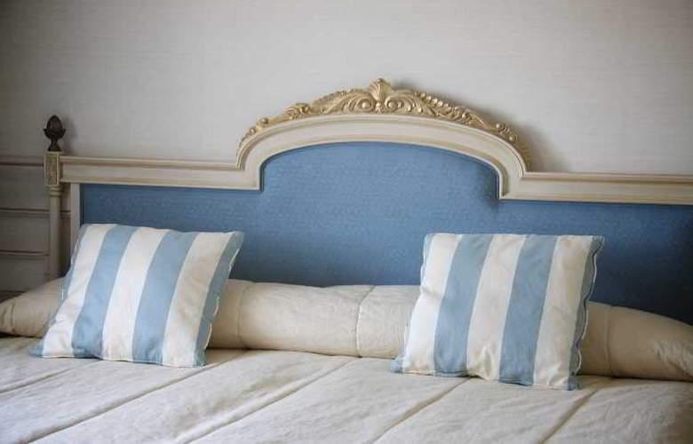 Fontecruz Toledo - Room - 11