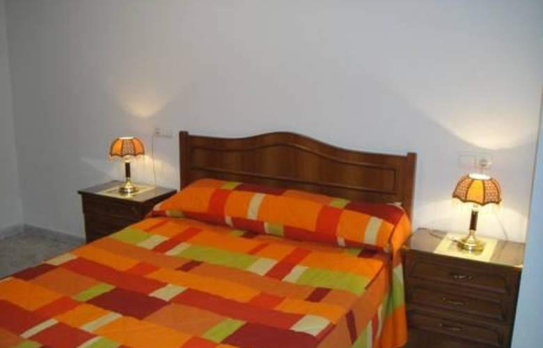 Hostal Uria - Room - 1