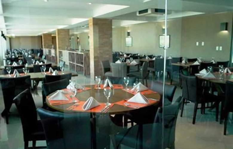 Real Classic Hotel - Restaurant - 3