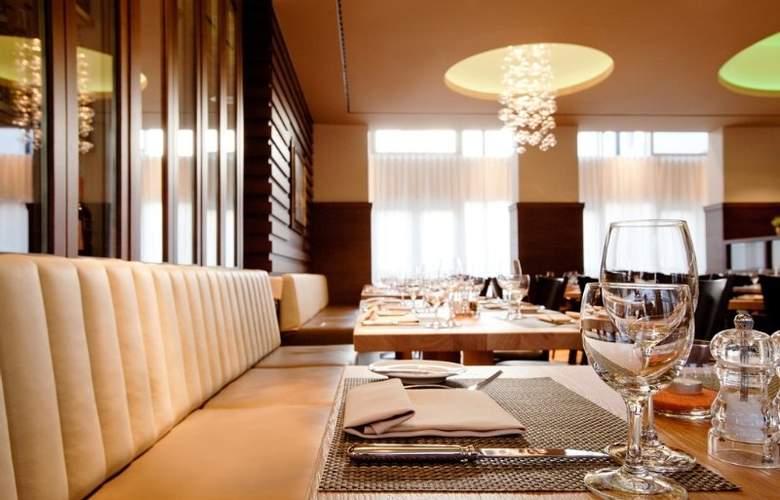 Steigenberger Drei Mohren - Restaurant - 8