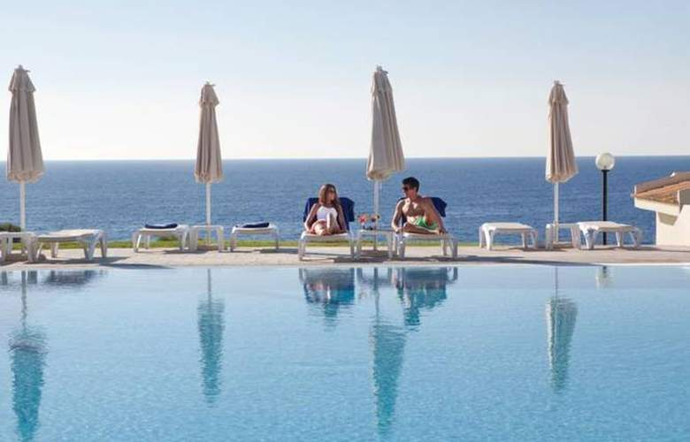 Blau Punta Reina Junior Suites Resort - Pool - 3