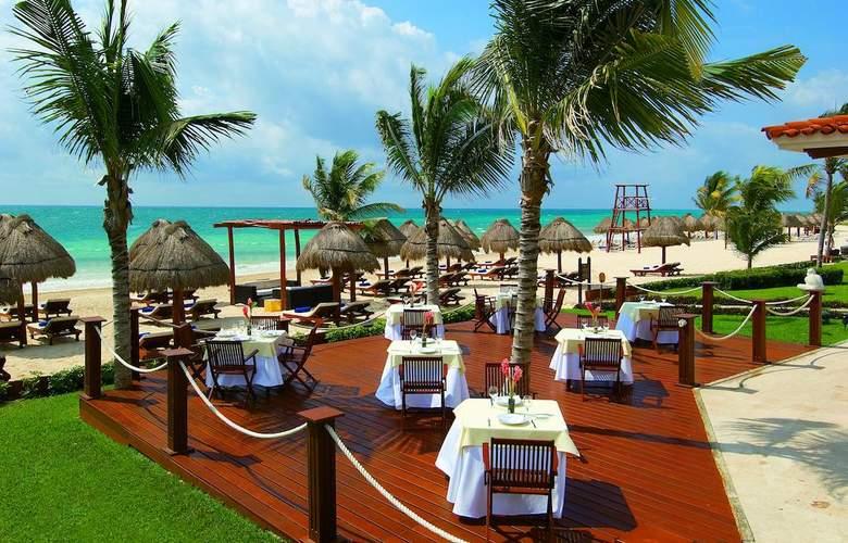 Secrets Capri Riviera Cancun  - Terrace - 7