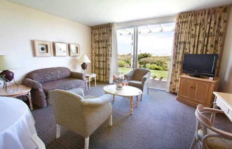 Dolphin Beach Hotel - Hotel - 17