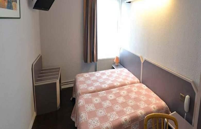 Interhotel Le Bretagne - Room - 5