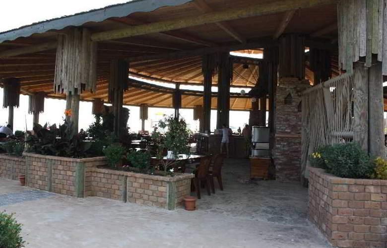 Pemar Beach Resort - Restaurant - 6