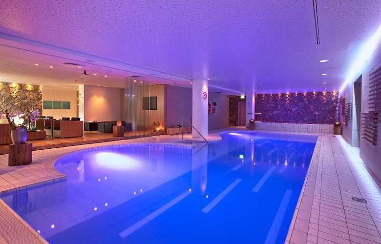 Icelandair Hotel Reykjavik Natura - Pool - 24
