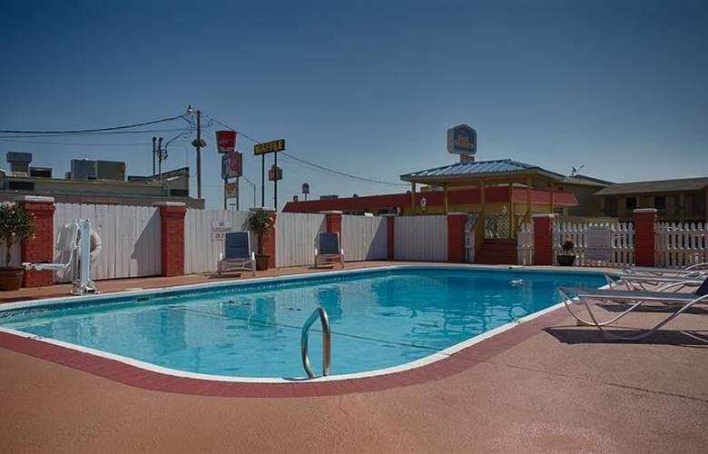Best Western Markita Inn - Pool - 43