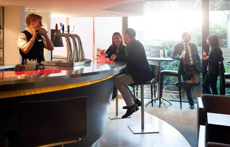 Novotel Paris La Défense - Bar - 38
