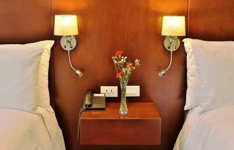 Ananay San Isidro - Room - 13