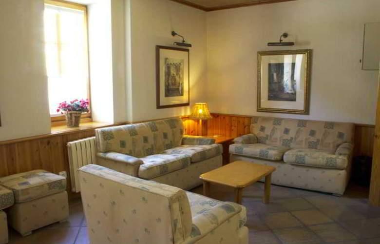 Vall De Nuria Apartamentos - Hotel - 12
