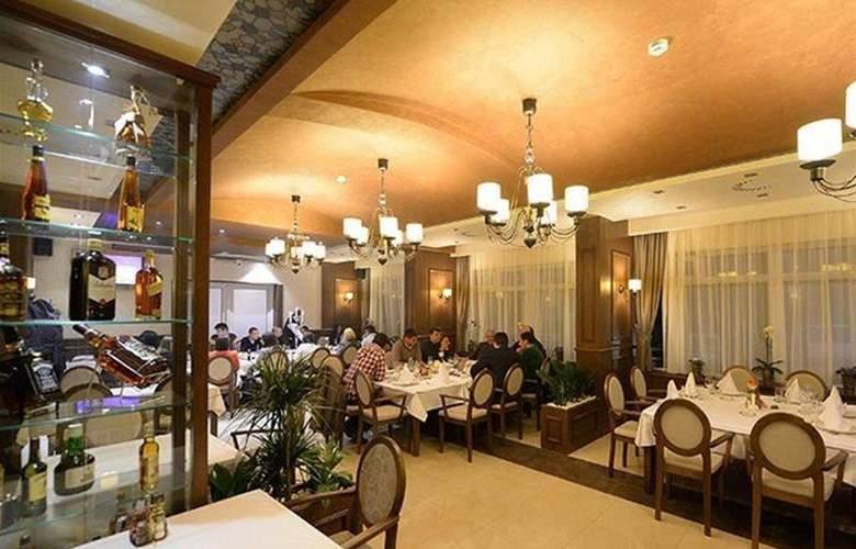 Majdan - Restaurant - 3