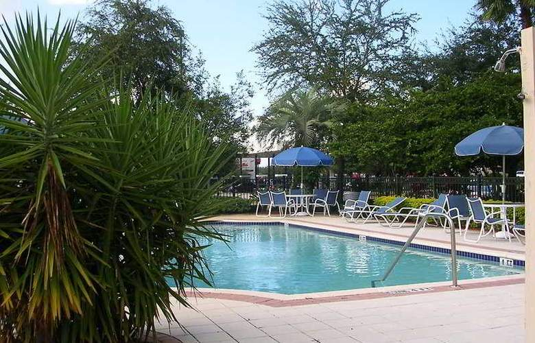 Extended Stay Deluxe Maitland Summit - Pool - 8