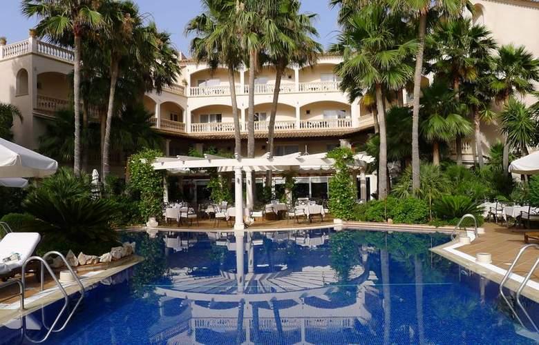 Hotel De Coto - Pool - 3