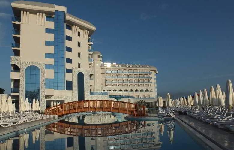 Water Side Delux Resort - Hotel - 5