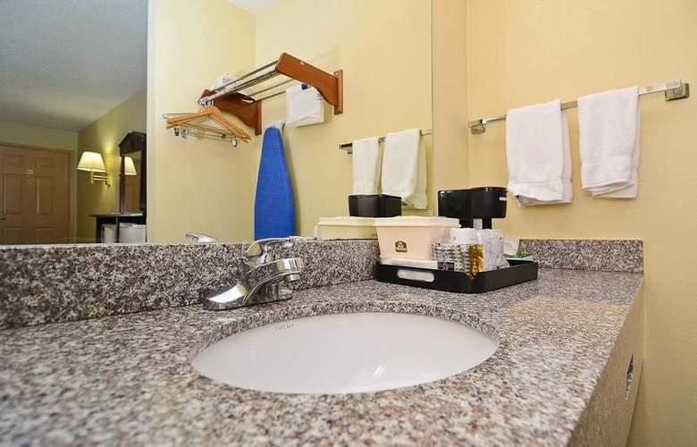 Best Western Royal Inn - Room - 13