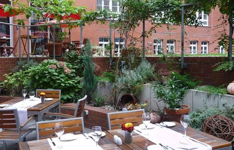 Select Berlin Ostbahnhof - Restaurant - 5