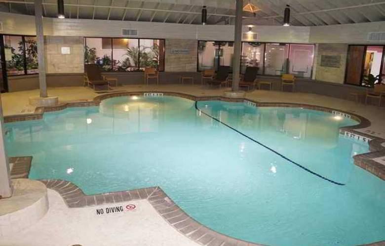 Embassy Suites - Corpus Christi - Hotel - 8