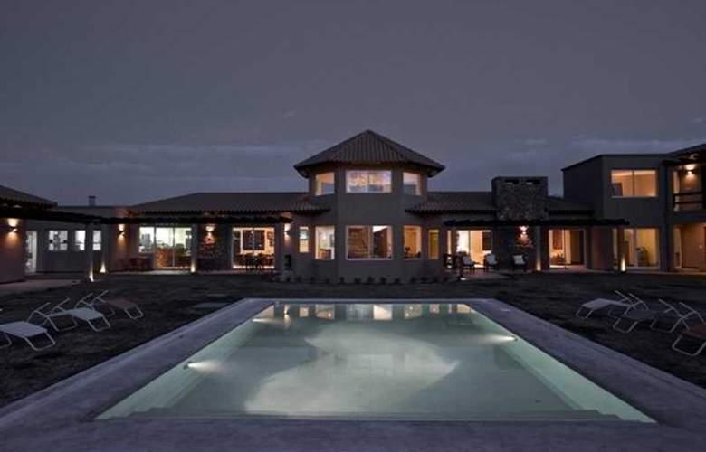 Villa Mansa Wine Hotel - Pool - 5