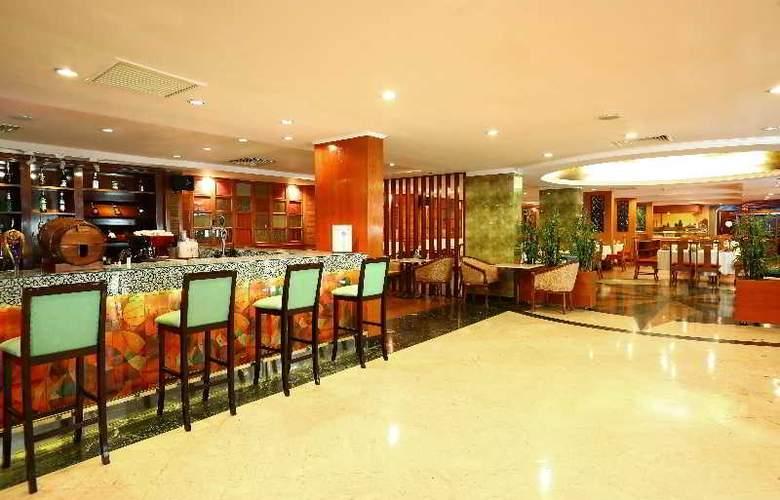 Ramana Hotel Saigon - Bar - 21
