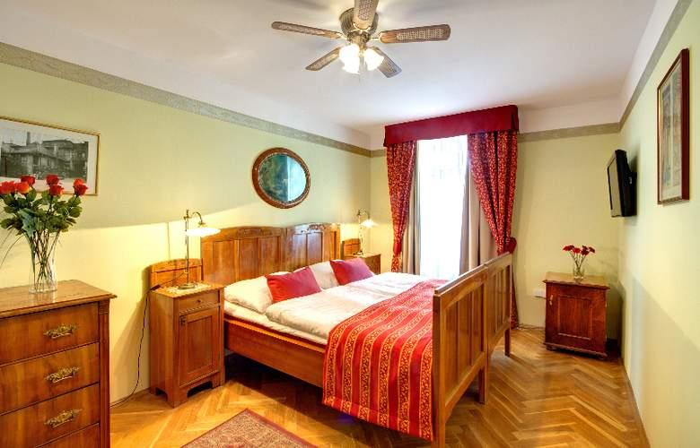 Mucha - Room - 4