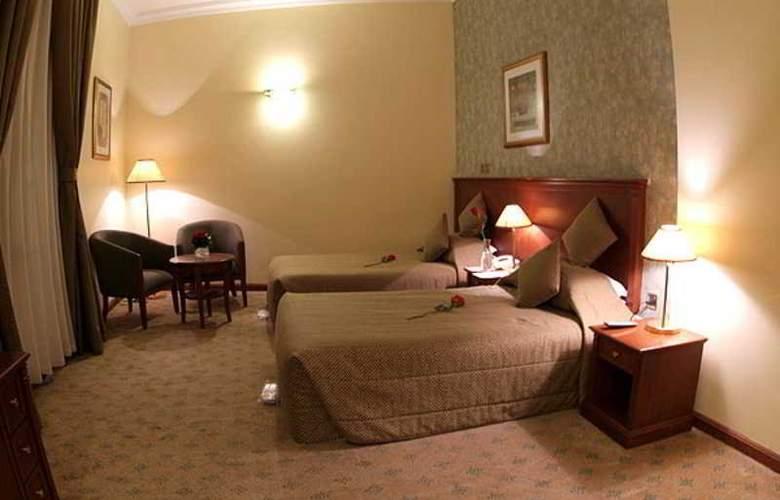 Royal Qatar - Room - 11