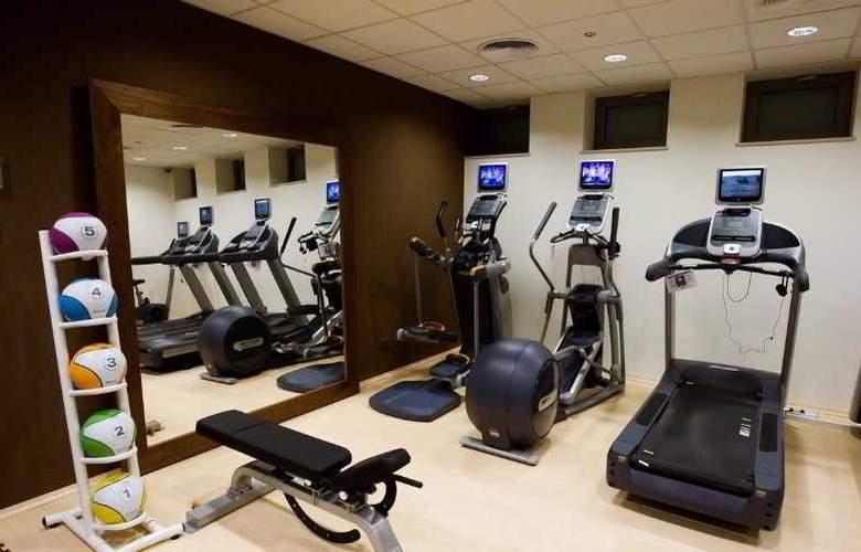 Hilton Garden Inn Krakow - Sport - 6