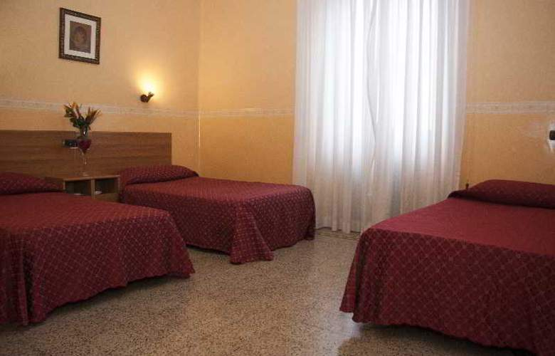 Casa La Salle - Room - 12