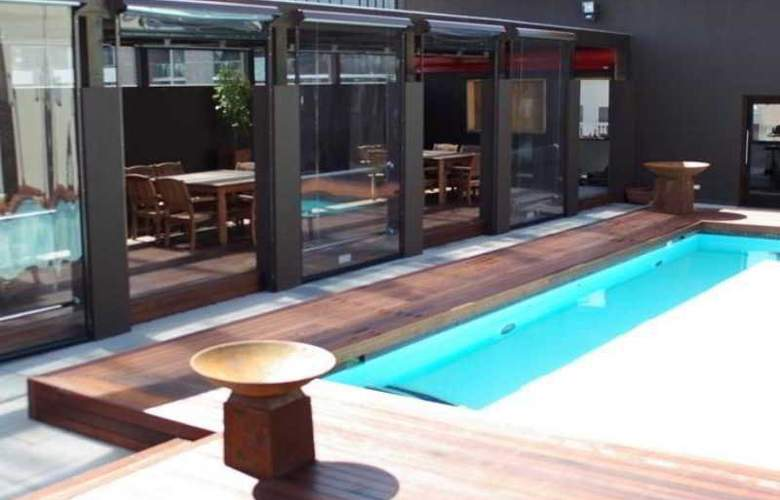 Rydges on Swanston Melbourne - Pool - 1