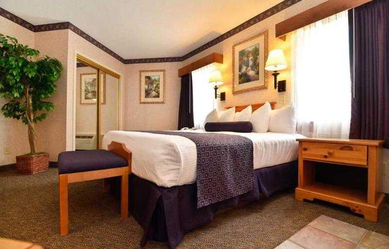 Best Western Plus Executive Court Inn - Hotel - 51