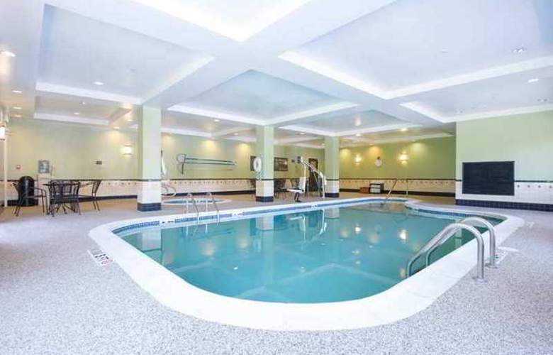 Hampton Inn Brattleboro - Hotel - 2