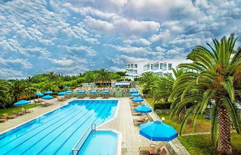 Port Marina - Hotel - 4