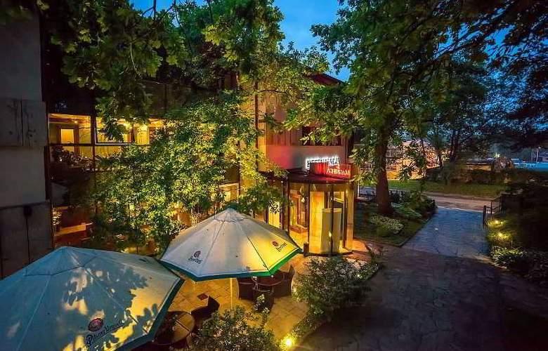 Farmona Hotel Business & SPA Hotel - Terrace - 83