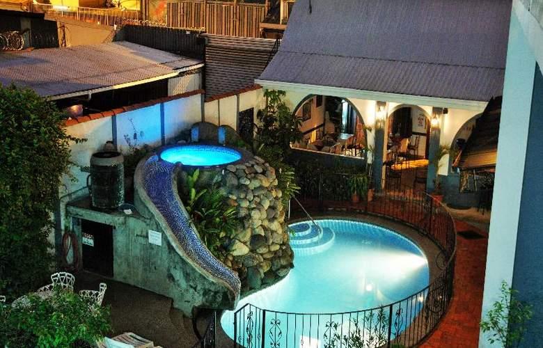 Santo Tomas - Hotel - 1