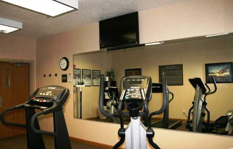 Hampton Inn Pittsburgh Area-Beaver Valley-Ctr - Sport - 7